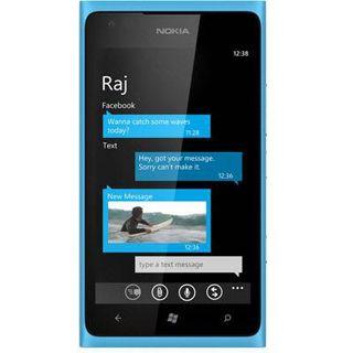 Nokia Lumia 900 16 GB cyan
